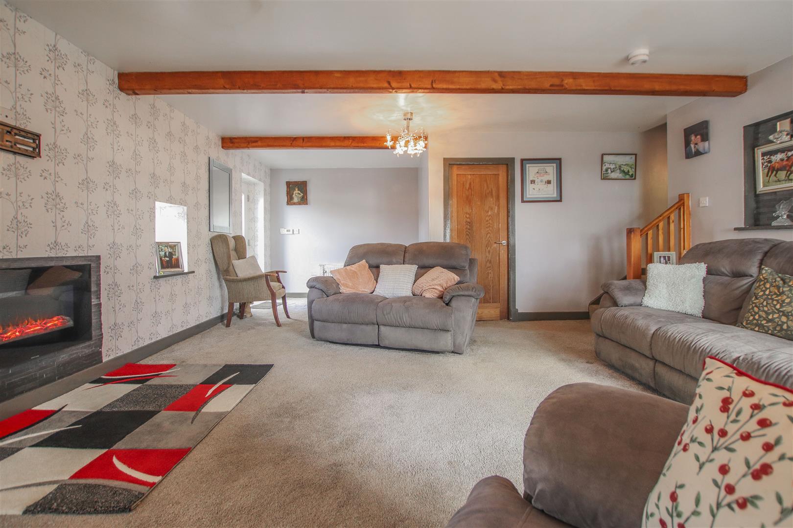 4 Bedroom Farmhouse For Sale - 30.JPG